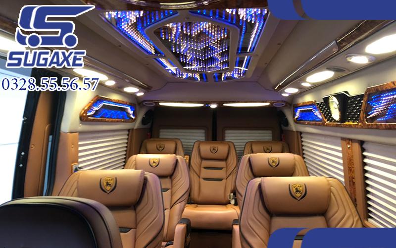 Thuê xe limousine 9 chỗ TPHCM đi Đà Lạt