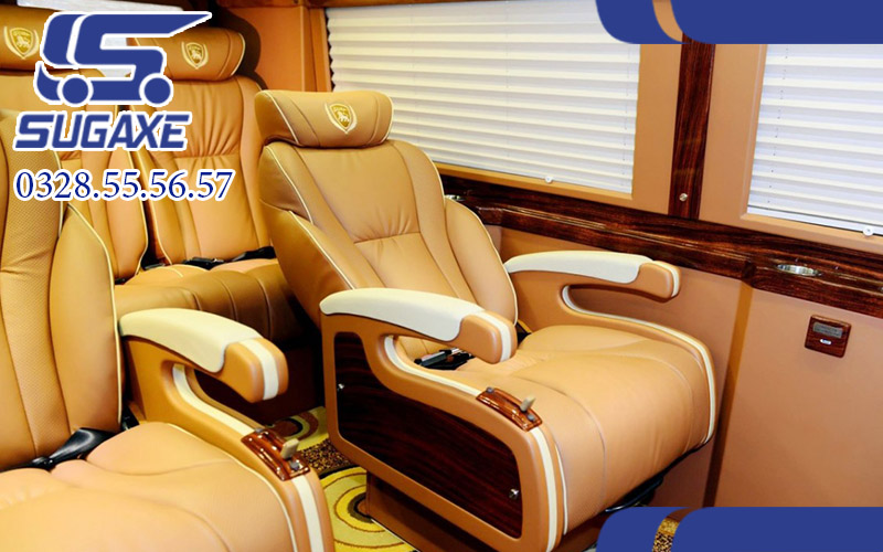 Thuê xe limousine 9 chỗ TPHCM- Cần Thơ
