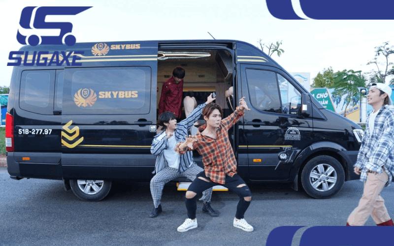 thuê xe limousine đi Nha Trang