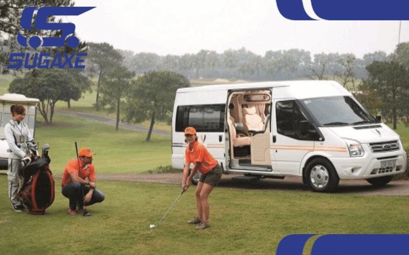 xe limousine di golf