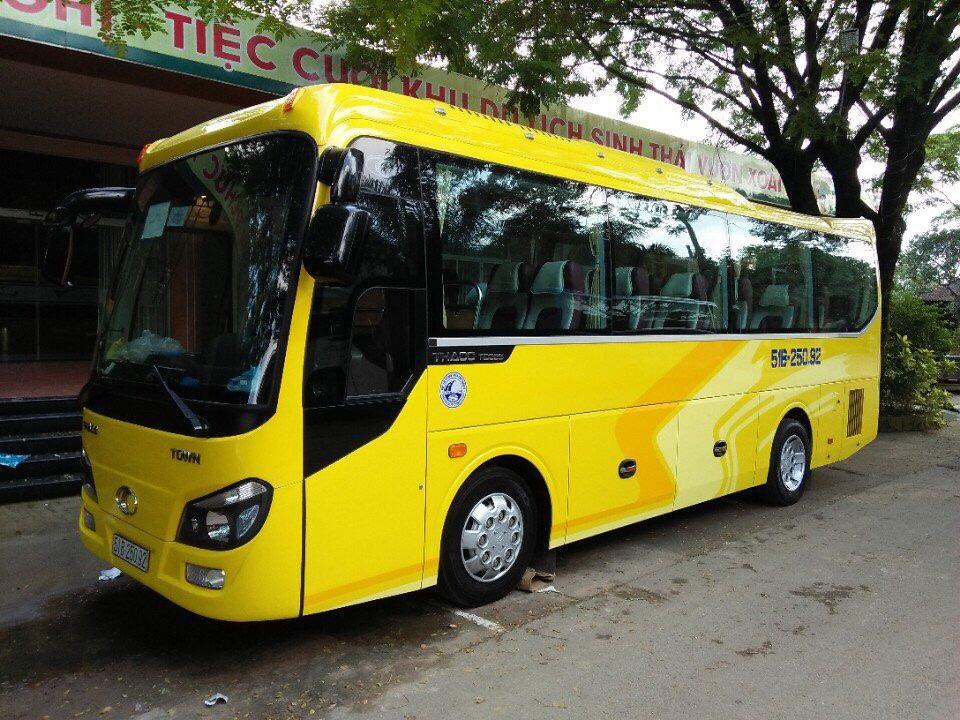 thue xe 29 cho thaco town